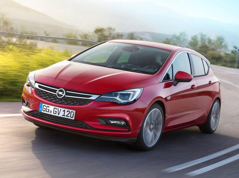 Opel Astra zvíťazil v ankete o európske auto roka.