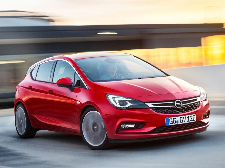 Opel v súčasnosti ponúka ku všetkým konfiguráciám novej Astry zľavu 1 800 eur.