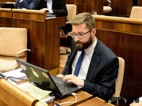 Bude Martin Poliačik kandidovať za ombudsmana?