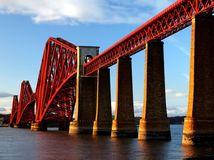 Most Forth Bridge, Škótsko