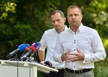 Andrej Hrnčiar, Radoslav Procházka
