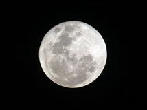 spln, Mesiac