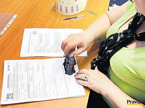 Štát pripravil živnostníkom chaos v platení odvodov