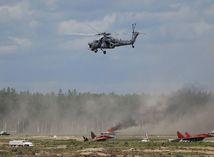 Rusko, prehliadka, vrtuľník