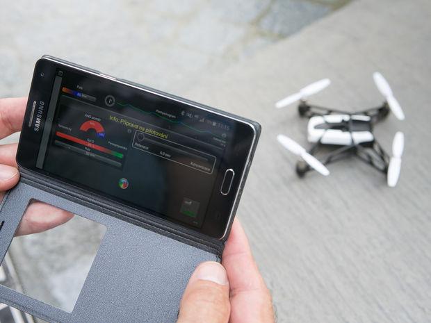 dron, smartfón
