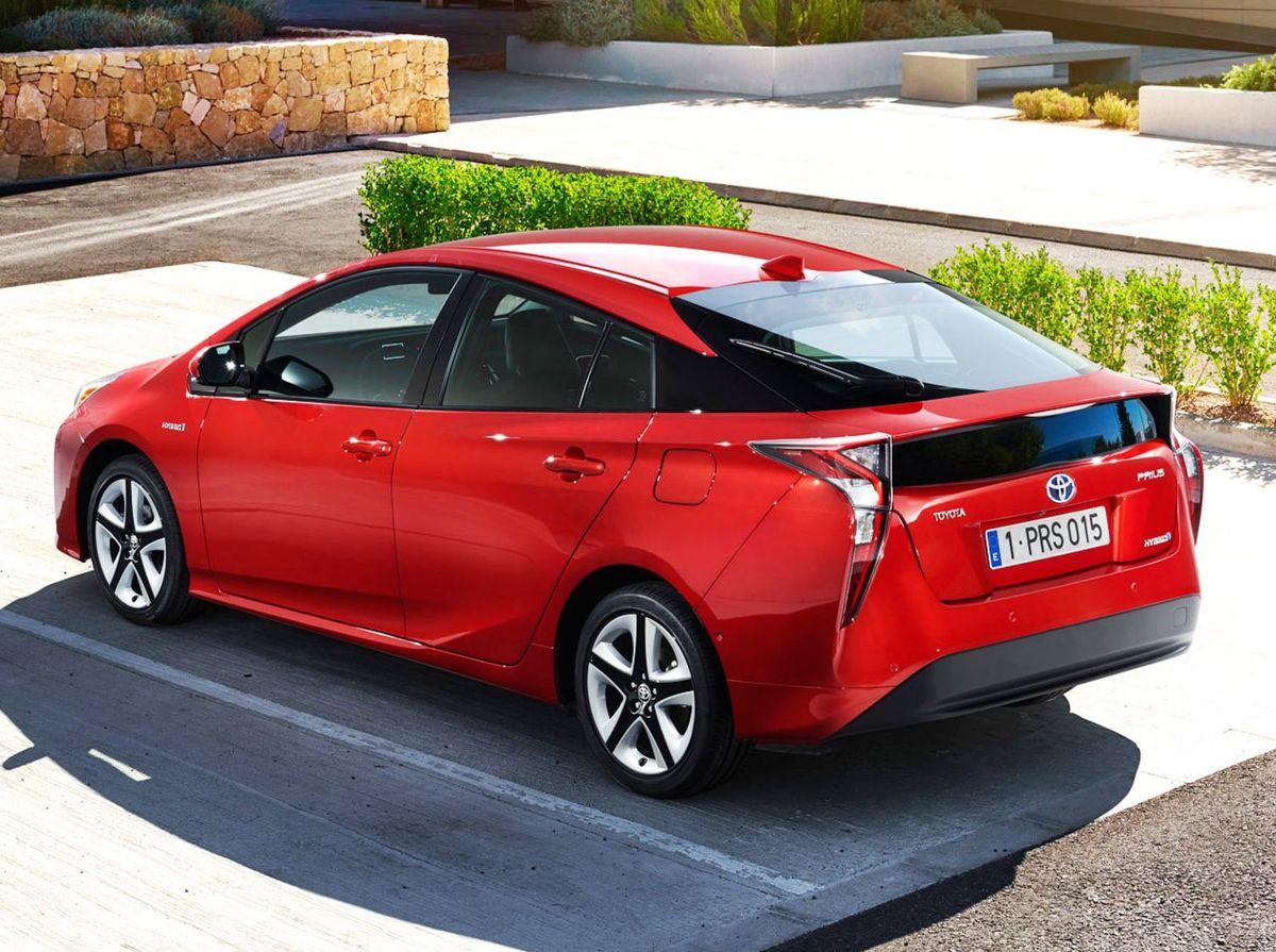 Jediným ekologickým aktivistom tohto ročníka je v hlavnej kategórii Toyota Prius.