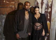 Kanye West a jeho tehotná manželka Kim Kardashian