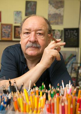 Spisovateľ Daniel Hevier.