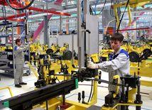 práca, továreň, nezamestnanosť