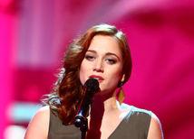 Víťazkou Česko Slovenskej Superstar sa stala Emma Drobná.
