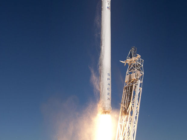 Raketa Falcon9, SpaceX