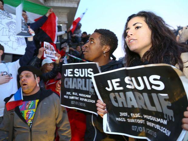 Paríž, Charlie Hebdo, je suis Charlie