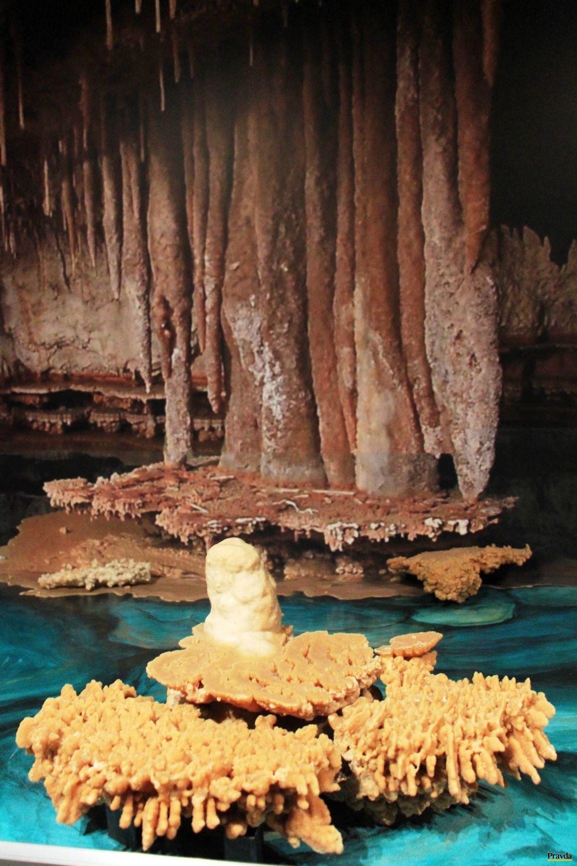 Expozícia jaskyniarstva v Slovenskom múzeu ochrany prírody a jaskyniarstva.