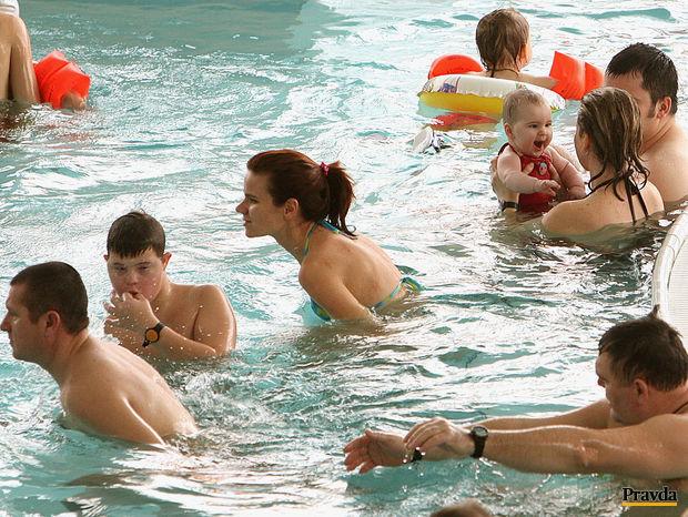 aquapark senec, kúpanie, akvapark, voda, plávanie, termálna voda