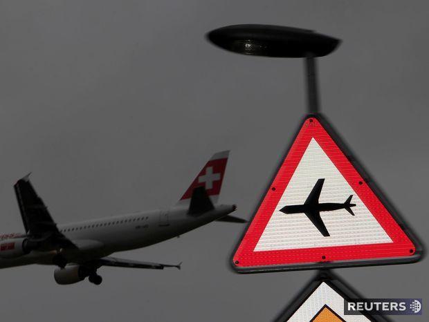 Lietadlo, letisko, Swiss air,