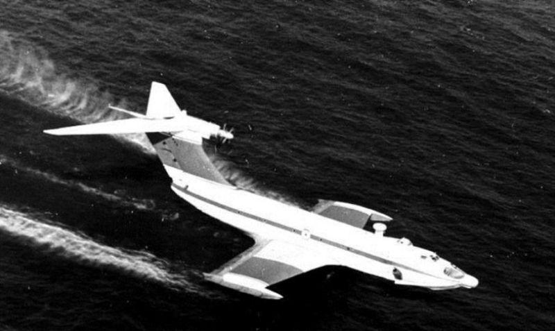 Neskôr vznikli menšie ekranoplány Orlík poháňané dvoma prúdovými motormi. I tak dokázali prepraviť 150-člennú posádku.