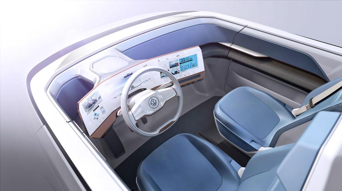 Plávajúce displeje pred vodičom majú funkciu virtuálneho prístrojového panela, ale aj multimediálneho rozhrania a spätných zrkadiel.
