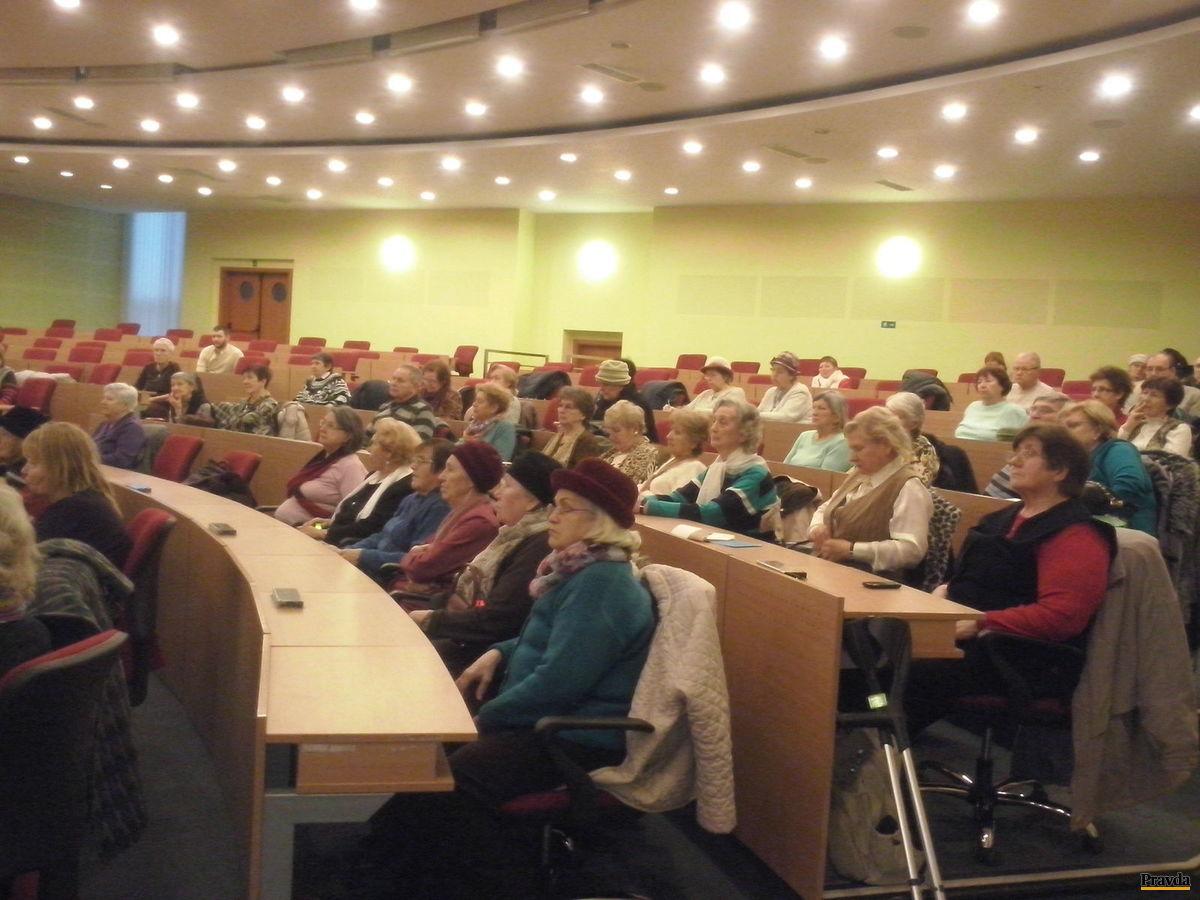 Približne tretinu obyvateľov bratislavského Ružinova tvoria dôchodcovia.