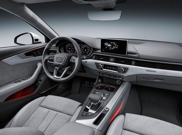 Interiér sa prakticky nelíši od základného Audi A4 Avant. Špecifickosť Allroadu pripomína len plaketa na palubnej doske. Za príplatok dostanete virtuálny kokpit či aparatúru Bang & Olufsen.