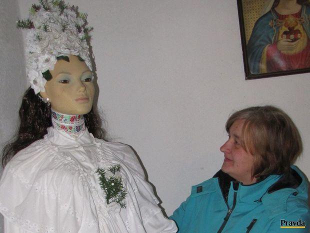 V obecnom múzeu je aj opatovská nevesta, ktorú tiež stvorila pani Bevízová.