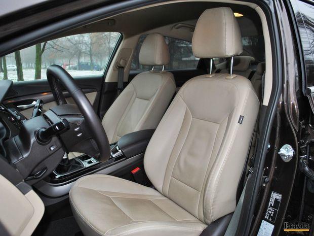 Ventilácia kožených sedadiel je cenná najmä v lete.