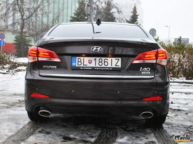 Hyundai i40 dobre poslúži ako rodine, tak aj firme.