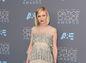 Herečka Kirsten Dunst v kreácii Chanel Couture.
