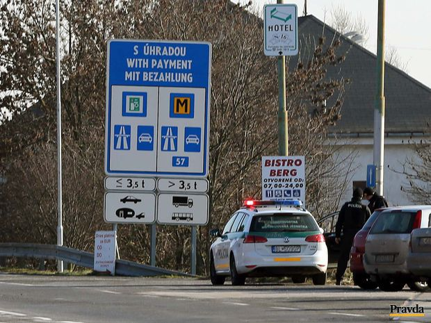 hranice Berg, policia, hranicny prechod