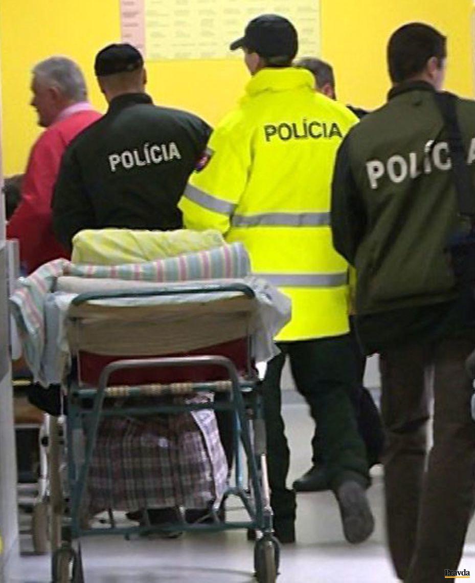 Slota sa odmietol podrobiť dychovej aj krvnej skúške, previezli ho do nemocnice.
