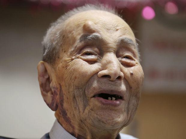 Japonec Jasutaró Koide