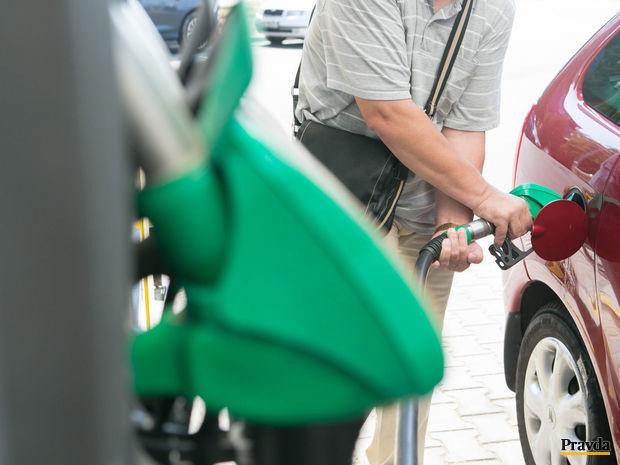 benzín, nafta,