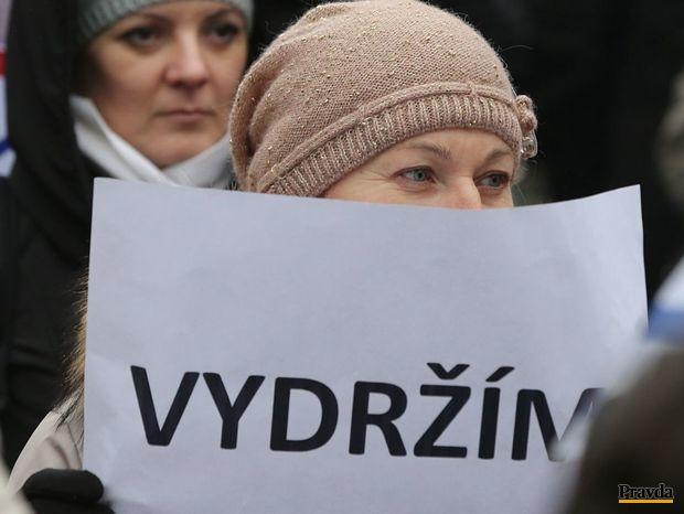 strajk ucitelov, protest ucitelov, demonstracia ucitelov