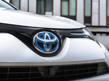 Toyota RAV4 Hybrid - 2016