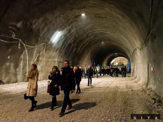 Tunel, Považský Chlmec