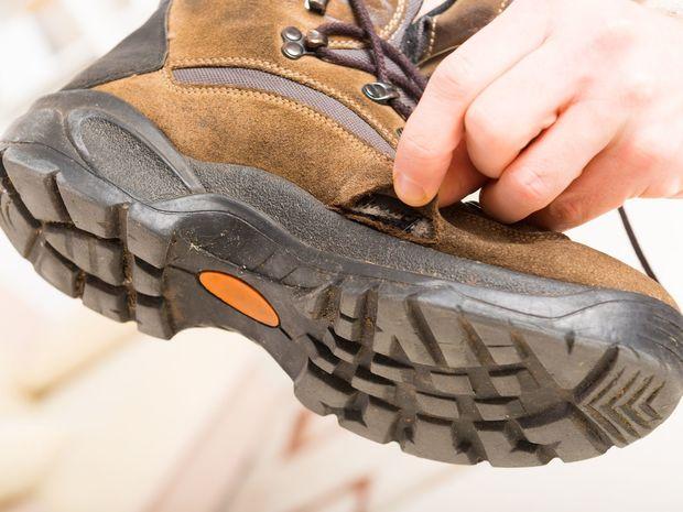 topánka, pracovná obuv, reklamácia, poškodená obuv, tovar