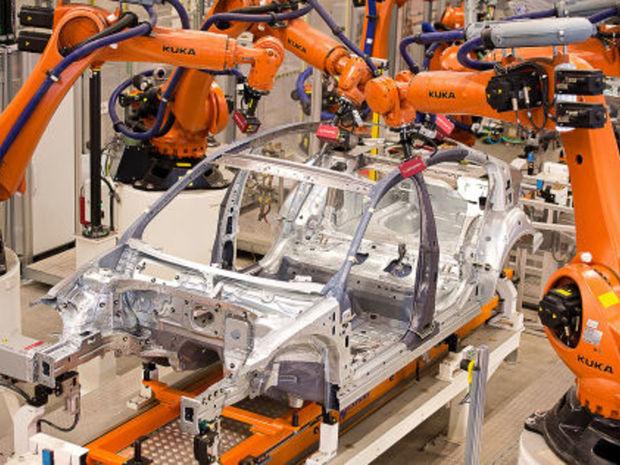 Porucha na lisovacom zariadení v domovskom závode Passatu v Emdene spôsobila zníženie produkcie aj v dodávateľských fabrikách.