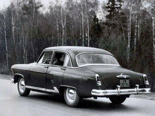 Volga bola poriadne veľkým autom. Na dĺžku merala viac ako 4,8 metra a na výšku vyše 1,6.