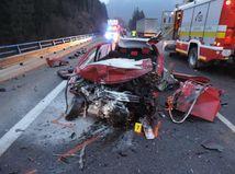 auto, nehoda, autonehoda, havária, dopravná nehoda,