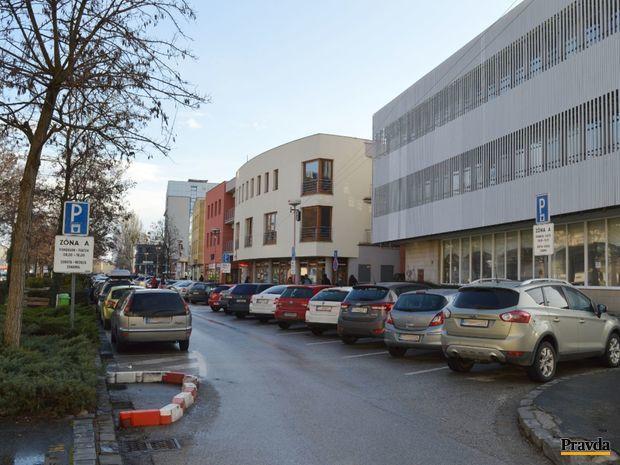 Trnava, parkovanie, preukazy