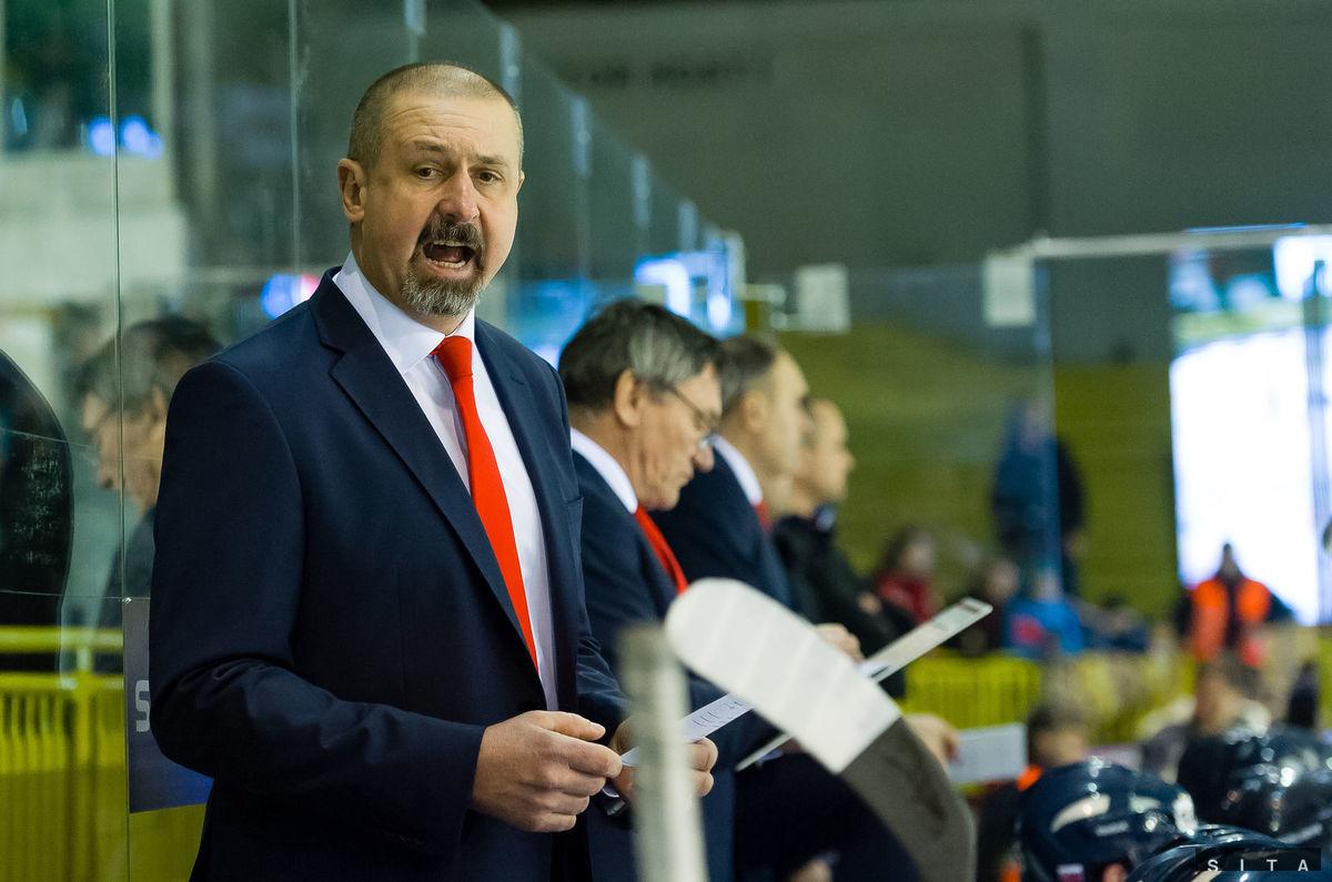 Tréner slovenskej reprezentácie Zdeno Cíger počas medzištátneho zápasu Slovakia Cup medzi Slovenskom a Švajčiarskom.