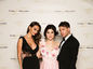 Speváčka Celeste Buckingham (v strede) s návrhárskou dvojicou Klementínou Tomrecaj a Milanom Švingálom z WTF.