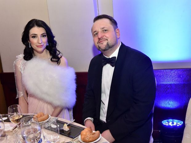 Riaditel Cesko-Slovenskeho Plesu Radovan Caplovic s ambasadorkou plesu pre filantropiu Luciou Hablovicovou