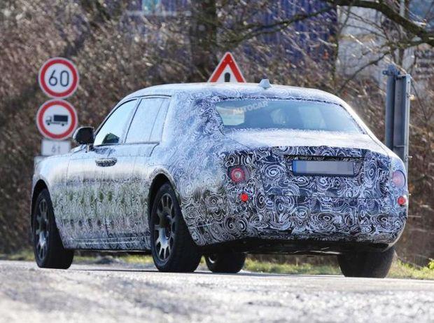 Rolls-Royce - Phantom platforma