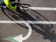 bicykel, cyklotrasa, cyklochodník, cyklo, cyklista, šípky, cestička, pocasie, jesen