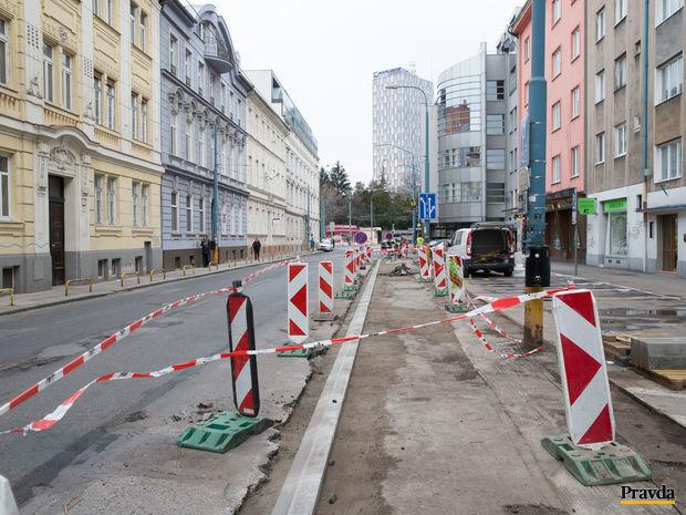 Dunajská ulica, Bratislava, cesta,