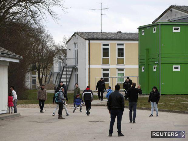 nemecko, utečenci, deportácia, centrum