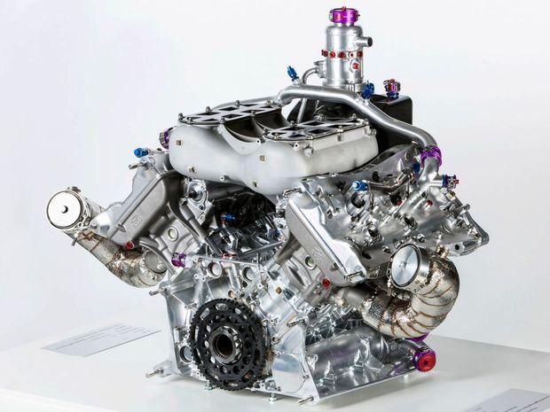 Spolu s elektromotorom ponúka hybridná sústava Porsche 919 až 662 kilowattov.