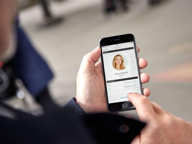 Poslaním kódu na mobil umožníte prístup k vozidlu komukoľvek a kdekoľvek na svete.