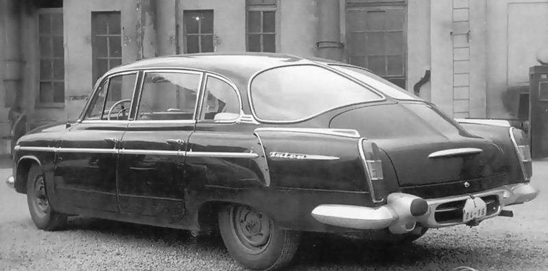 Tatra 603 bola pre bežných ľudí pridrahá. Uplatnenie našla ako limuzína funkcionárov a štátnych úradníkov.