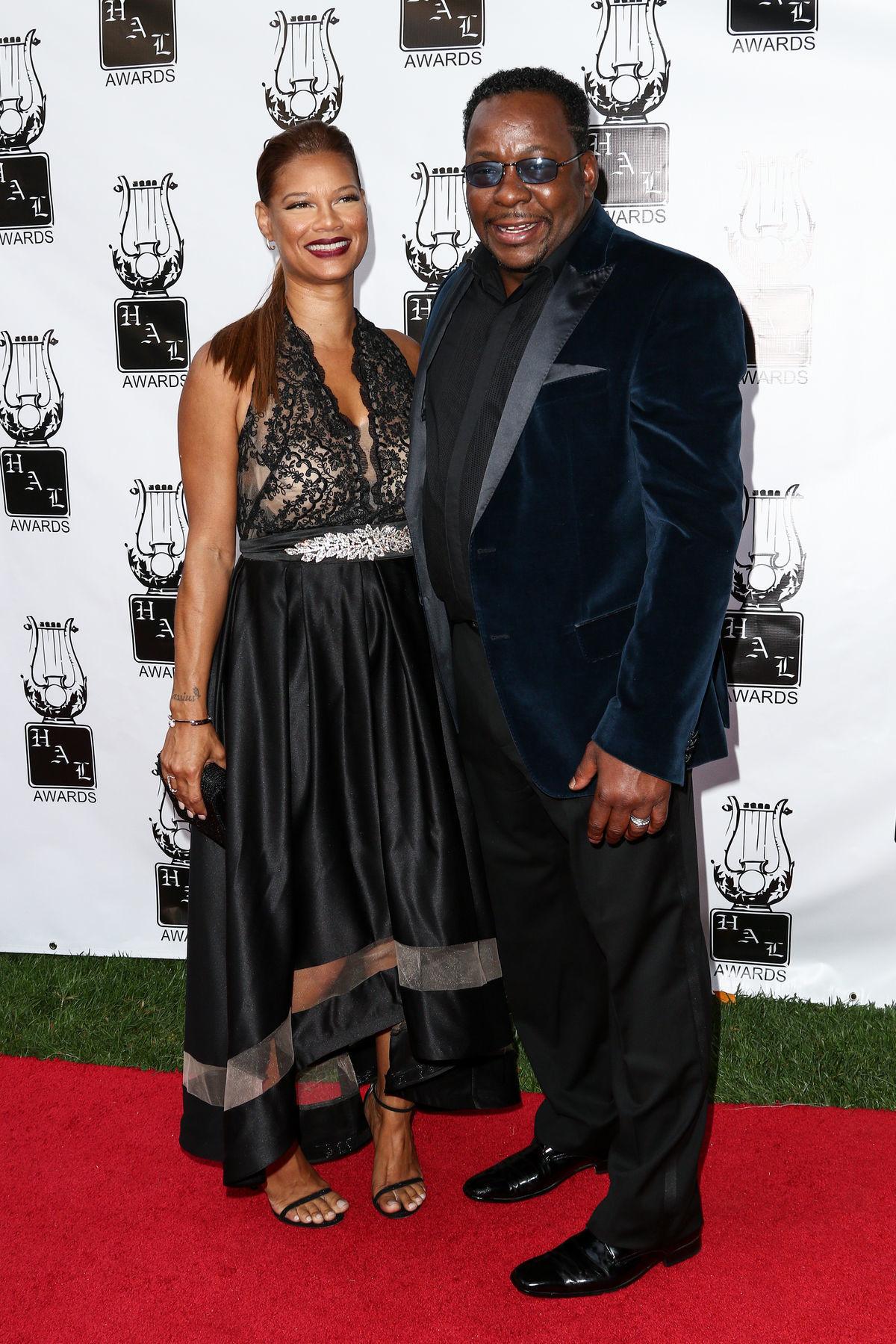 Bobby Brown a jeho životná partnerka Alicia Etheredge, ktorá mu privedie na svet siedme dieťa.